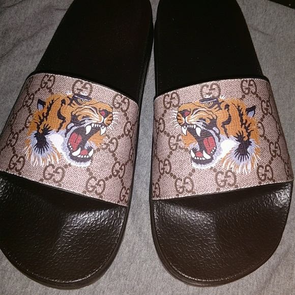 d2c686c11 Gucci Shoes | X Supreme Tiger Slide Sandal | Poshmark
